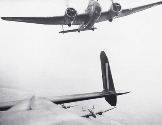 Handley Page Hampdens of No 14 OTU, mid-1940